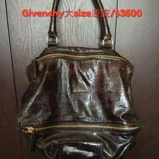 Givenchy大袋