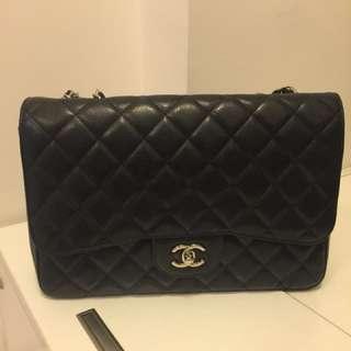 Chanel classic bag jumbo size