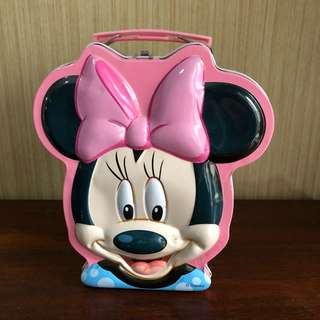 celengan minnie mouse