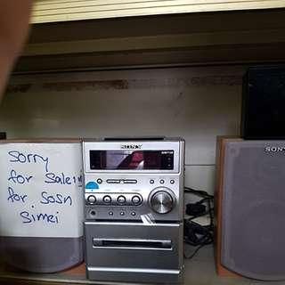 SONY radio set with speakers