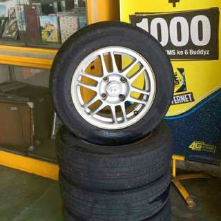 Hyundai matrix original rim 14'inch