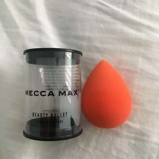 NEW Mecca Max Beauty Blender