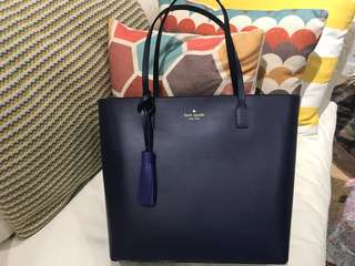 Kate Spade Tote (comes in navy blue and black)