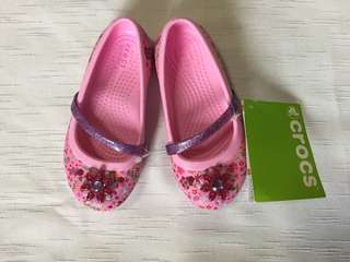 Authentic Crocs Lina Grapic Flats  C9