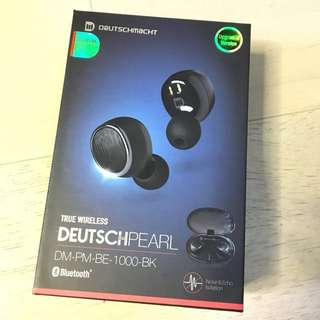 DeutschPearl earphone