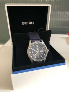 Brand new SEIKO sports 5 automatic men's watch