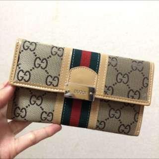 🚚 全新 Gucci經典款扣式皮夾 中夾 復古款 美國購入正品✨