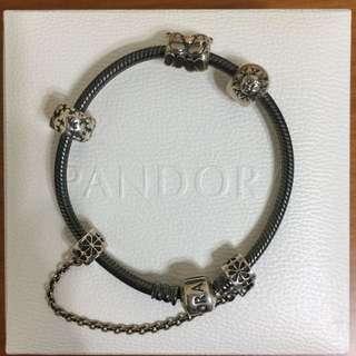 Pandora 手鍊 正品 有盒 (購自專門店)