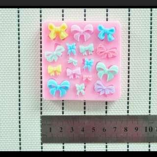 BN last pc ribbon mold free postage