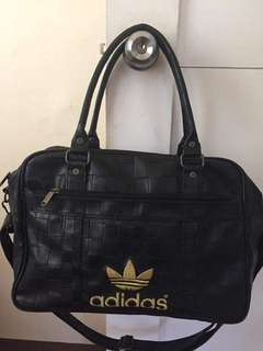 ORIGINAL ADIDAS TRAVEL/GYM BAG