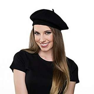 Instocks brand new black french beret free postage