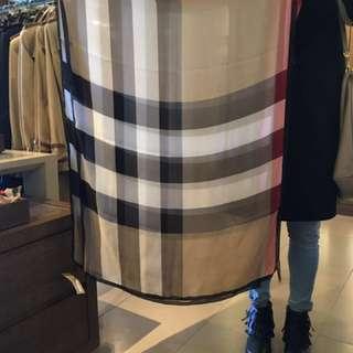 Burberry scarf 披肩 絲巾 圍巾 100% silk