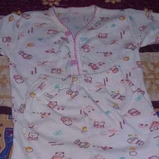 baju baby bersama seluar pendek
