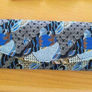 Preloved Tas Pouch Batik Biru