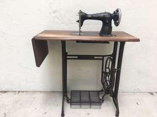 6months guarantee singer sewing machine