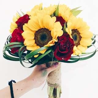 Sunflowers rose bridal bouquet