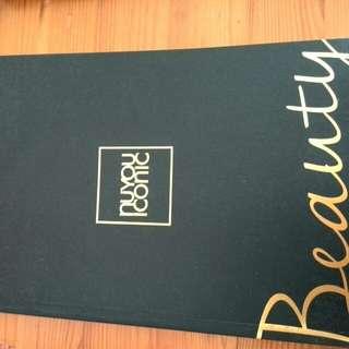 Notebook -  Nuyou Iconic Beauty