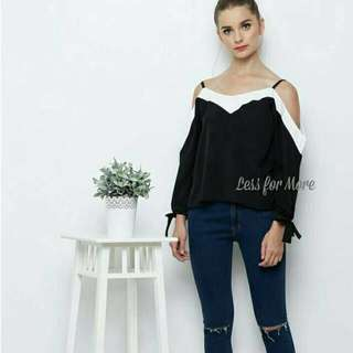 Donna Cut Out Top