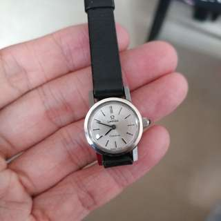 Vintage OMEGA New Old Stock 古董女裝錶 手上鏈 ( 完全未使用品) (不議價)