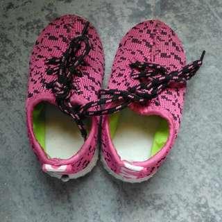 Baby Shoes #bajet20
