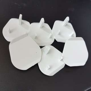 Brand New. Cheapest. Child Safety Wall Plug Socket Cover (3 pins - Singapore)