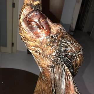 海黄芭蕾舞娘雕像