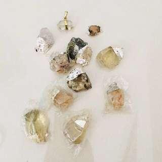 $11 for 9pcs // $1 each - mixed quartz stones