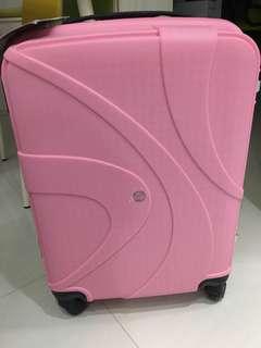 100%全新Polo行李箱21吋硬面