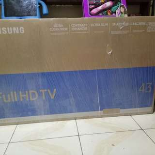 Samung 43inc M5500 ultra slim smrt tv Bnew!!