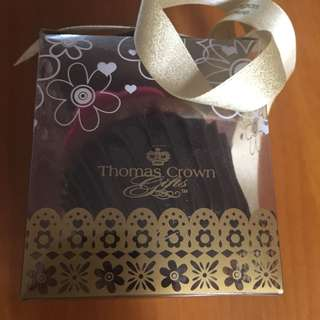 thomas crown 擺設