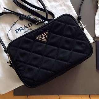 🈹低過半價😭 包順豐🚛 Prada BT1028 黑色網紋 格紋小斜咩袋