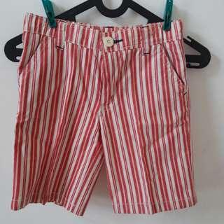 Celana pendek boy