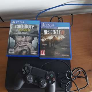 Ps4 slim with1 controller and 2 games