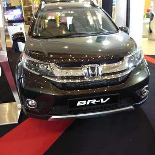 Honda BR-V (Grade V)