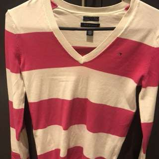 Tommy Hilfiger long sleeve/sweater