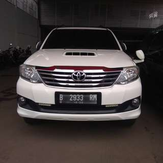 Toyota fortuner g vnt 2012 matic