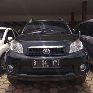 Toyota rush s 2011 matic hitam