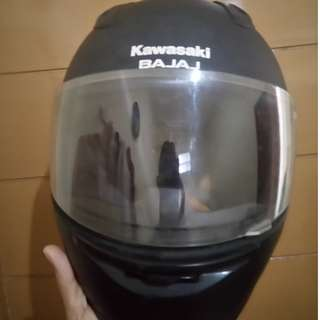 Helm full face bajaj