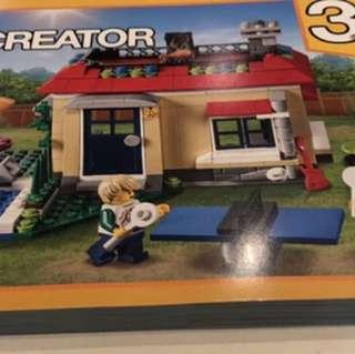 Lego Creator 3-1 Modular Poolside #31067
