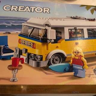 Lego Creator 3-1 Sunshine Surfer Van #31079