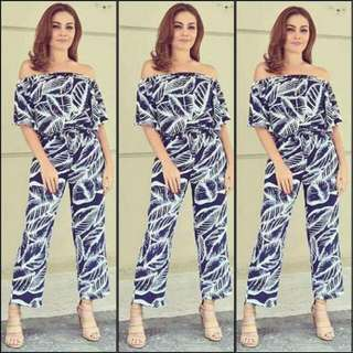 Jumpsuit / up to semi large