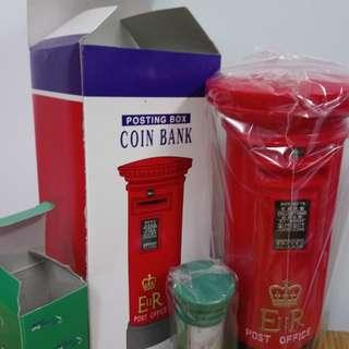 全新郵筒兩個(香港郵政出品)
