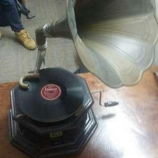 Working grammaphone original vintage