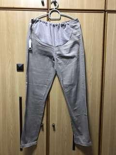 Preggy Pants