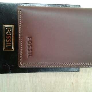 Dompet kulit tanggung