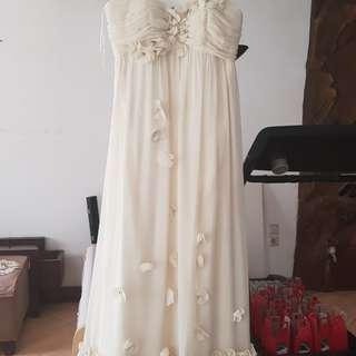 White long chiffon dress