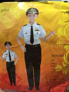 Community Helper/ Pilot costume 5 y o Brand new