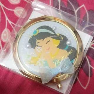 購自日本迪士尼專門店茉莉公主鏡盒