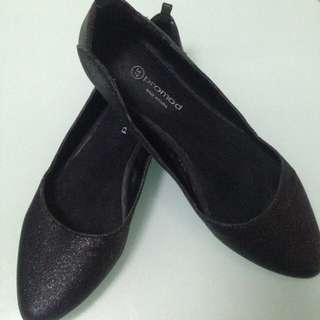 PRELOVED SHOES!