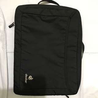 Pouch laptop deuter original